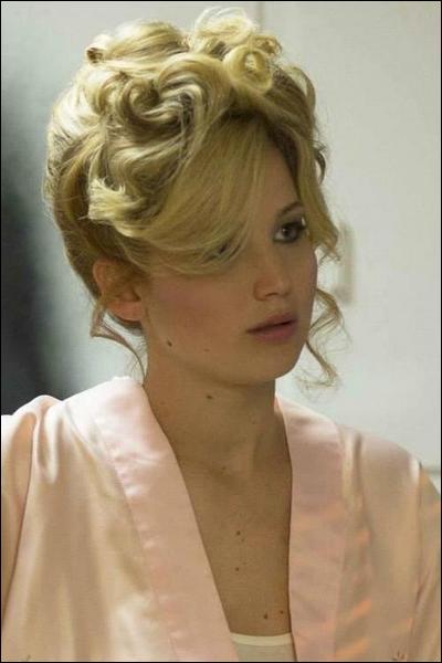 . Découvrez 3 nouveaux outtake du shoot de Jennifer pour Time de 2013.