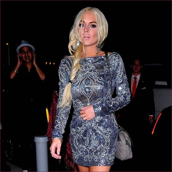 .14/09/11 : Lindsay à la fashion week de NY. J'aime beaucoup sa Frange !  .