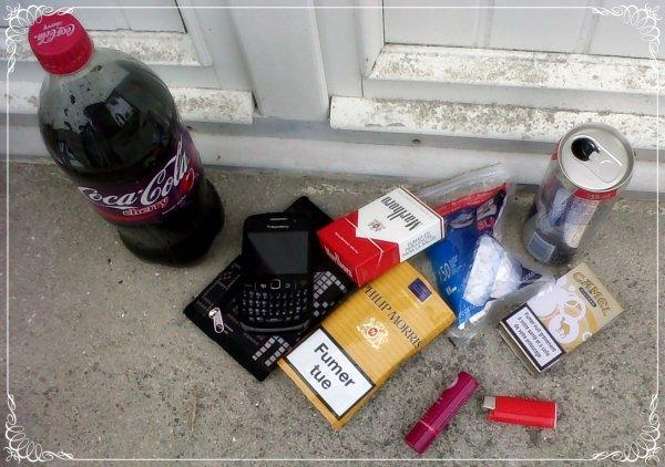 """★.xOfficiel-Joohx ON SKYROCK.COM.★... """"L'alcool te détruit, la fumée te construit"""" B.M ..."""