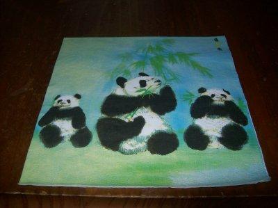 TRIO DE PANDAS