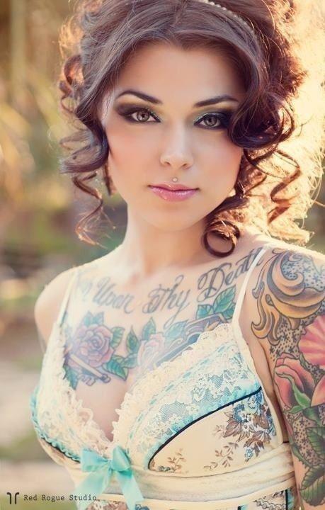 Modele (Danae Ayala)