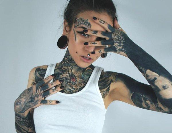 Modele (Irena Straume)