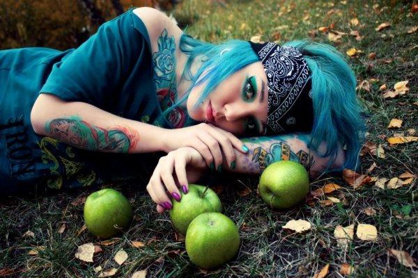 Modele (Kristina Klaid)