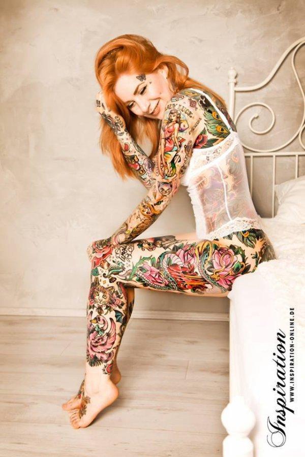 Modele (Katy Gold)