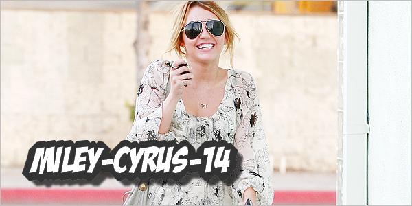 Miley-cyrus-14 22 septembre 2010 : Miley se rendant à un studio à Toluca Lake . SUBLIME ! Miley-cyrus-14
