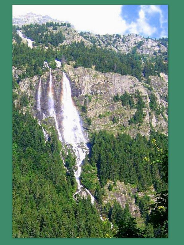 """Cascade de """"La Fare""""  (Vaujany 38)"""