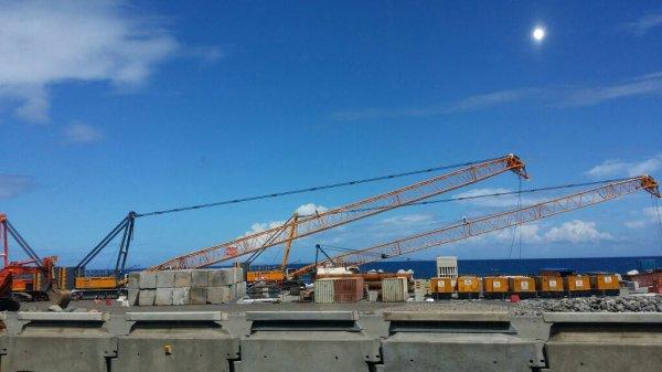 Construction de la nouvelle route du Littoral