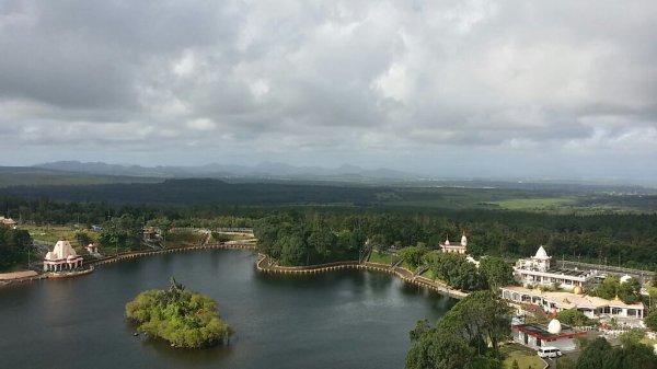 Vue panoramique sur le Lac sacré