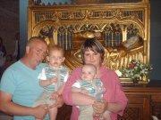 thibaut est clement on la joie de vous annoncér que leur parrents von se mariee le 16juin2012