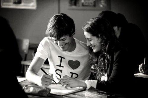 """""""Je crois que je suis amoureuse. Ca me fait peur."""""""