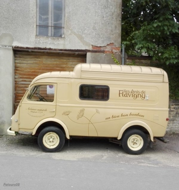 Fourgon Renault