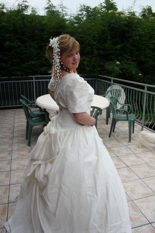 Avec la Robe de Mariage à la maman (l)