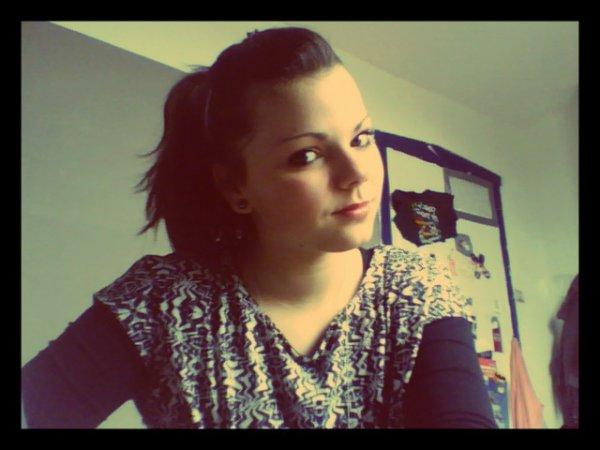 ~Souri à la vie et la vie te sourira..♥