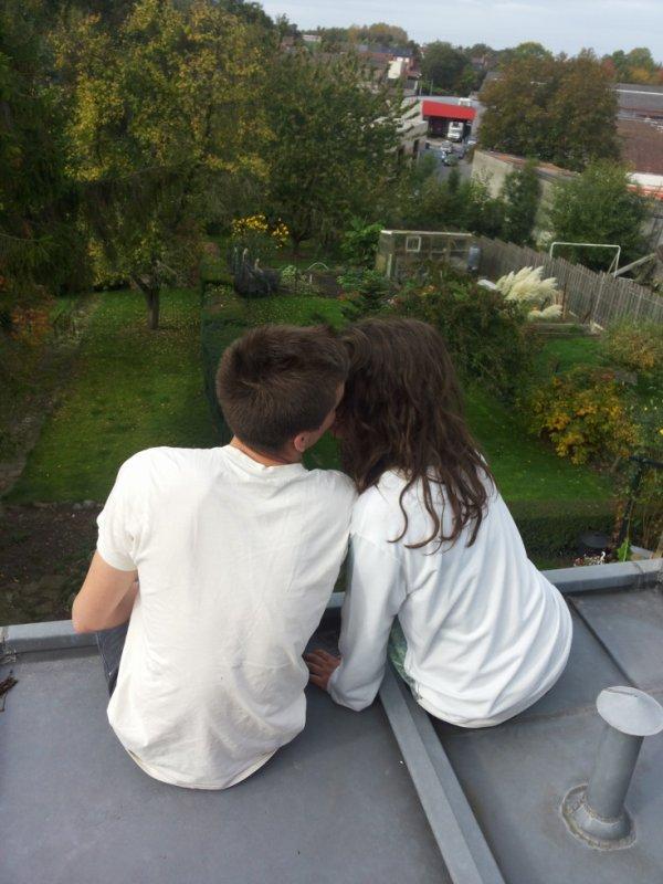 Et puis, il y a cette personne avec qui on a passé pleins de bons moments qui ce mets soudainement à nous manquer..♥