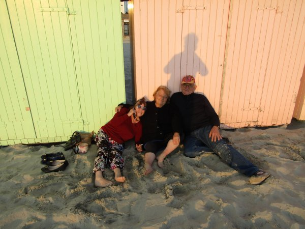 on a été à la mer au 14 juillet il faisait  froid de canard+je suis prêt d'aller à la mer 14 juillet WWWWWWWWW