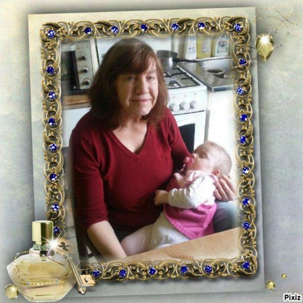Gloriane le petit bébé  Yannick et Émilie