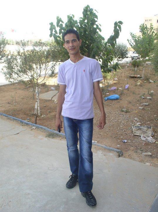 les meilleurs sevenirs de mon frère ..........................rabi yahafdak