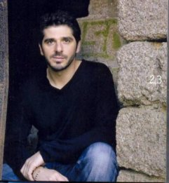 Monsieur Patrick Fiori. ♥