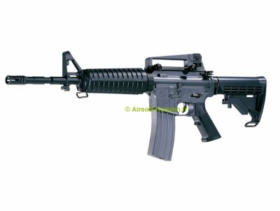 AXEL / 14 ANS / M4-A1 / AEG 1,4 J  ET BERRETA 92 FS /SPRING 0,6J