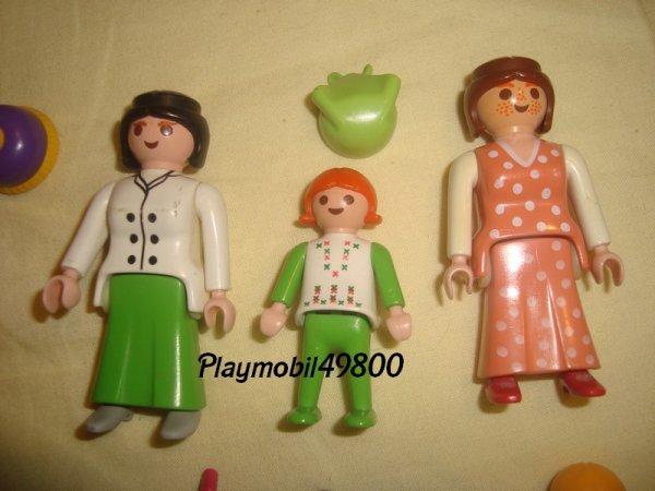 encore des playmo de mon enfance et en plus 2 femme et une fillette de la collection belle epoque