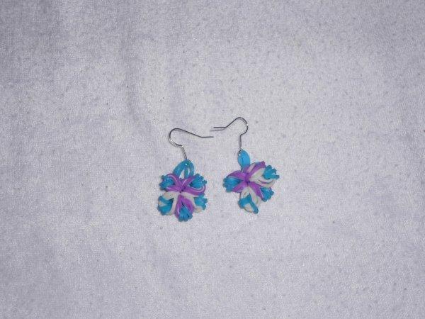 boucles d'oreilles fleur en élastique