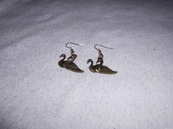 boucles d'oreilles 2 cygnes bronze