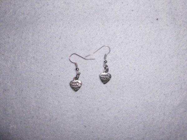 boucles d'oreilles coeur avec mot dessus