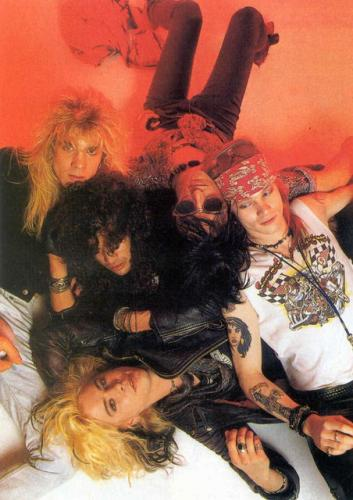 I'm a Guns N' Roses fan!!!!