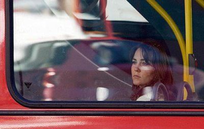 Kate Goes Shopping On A London Bus - 27 September 2005
