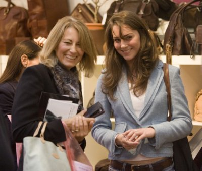 Kate At Spirit Of Christmas At Olympia With Her Mother - 3 November 2005