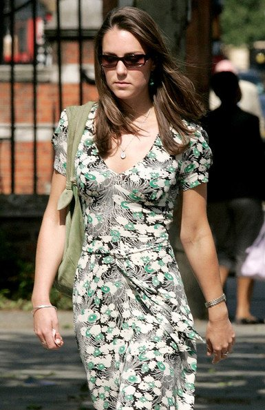 Kate Shopping In West London - 6 June 2006