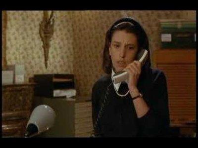 """""""Mais je vous en prie. Figurez-vous que Thérèse n'est pas moche. Elle n'a pas un physique facile... C'est différent."""""""