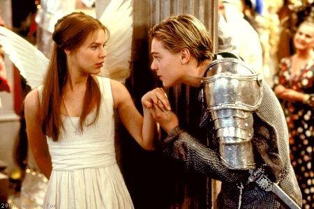 """""""L'amour bondit vers l'amour comme l'écolier referme le livre mais l'amour et l'amour se quittent comme l'écolier va à l'école."""""""