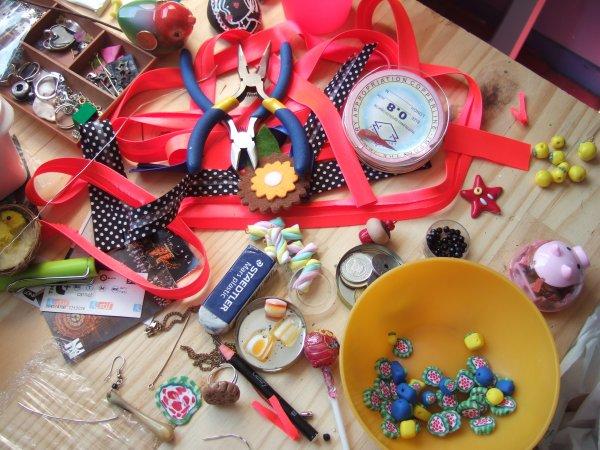 clic! http://couleurs-de-ma-vie-alicia.blogspot.fr/