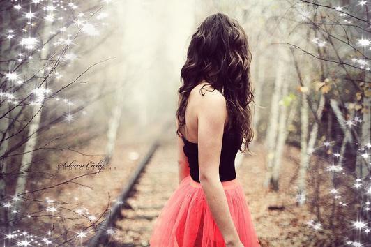 Plus l'amour est parfait, plus la folie est grande et le bonheur sensible. ♥