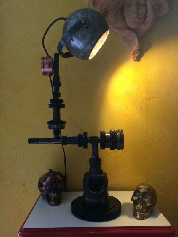 Lampe Méca Sculpture avec pied rotatif