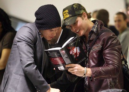 Quand 2 acteurs se réunissent devant un bon roman