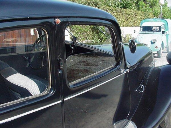 Ma Traction Avant Citroën 1952 11 B malle plate .