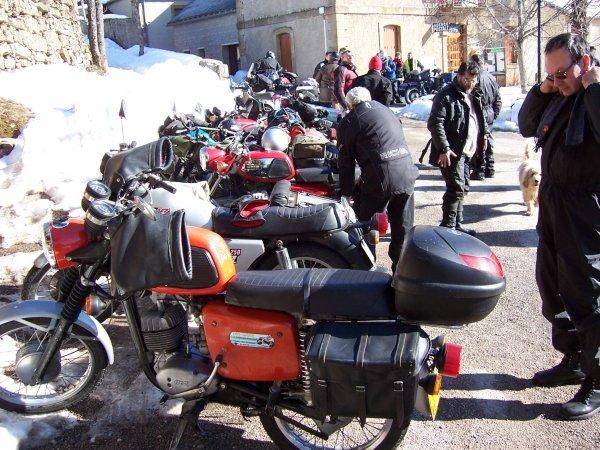 Balades en motos MZ.