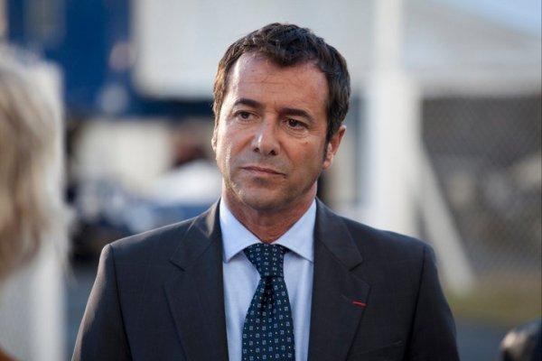 Bernard Montiel dans le rôle de Alain Berger