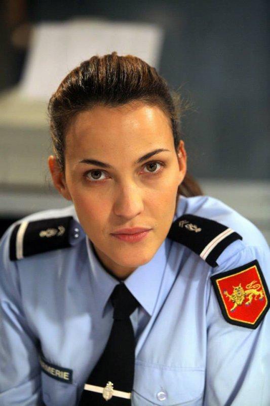 Linda Hardy dans le rôle de Claire Linsky