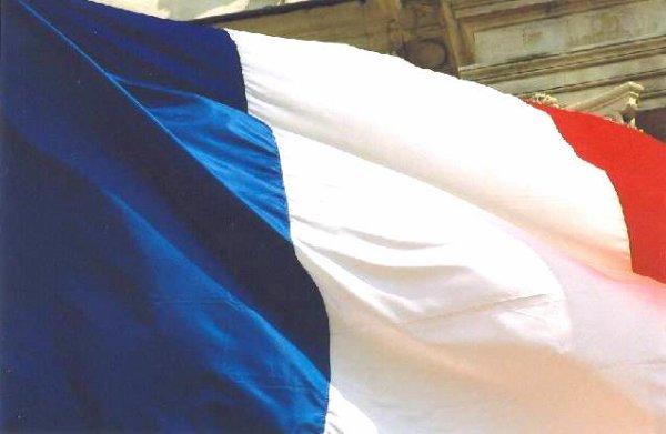 Fière de mon pays ; fière de mes origines ...