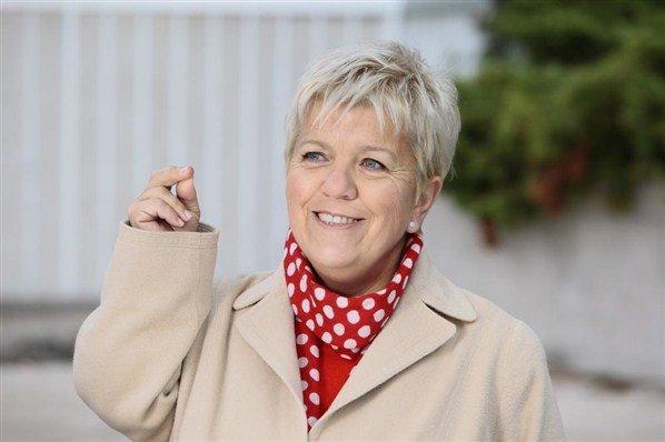 """~~> La série TV  $) Joséphine ange gardien - Interview Mimie Mathy : """"Arrêter Joséphine n'est pas prévu"""""""