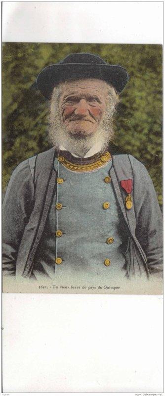 carte postale d'un vieux brave du second empire du pays de Quimper