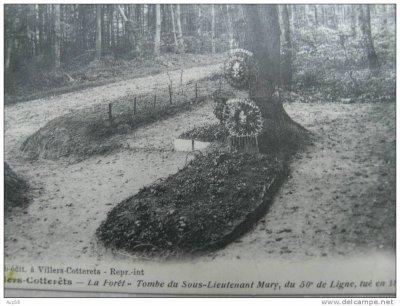 tombe du sous-Lieutenant Marie, 50ème de ligne, tué en 1815 à Villers-Cotterets (02)