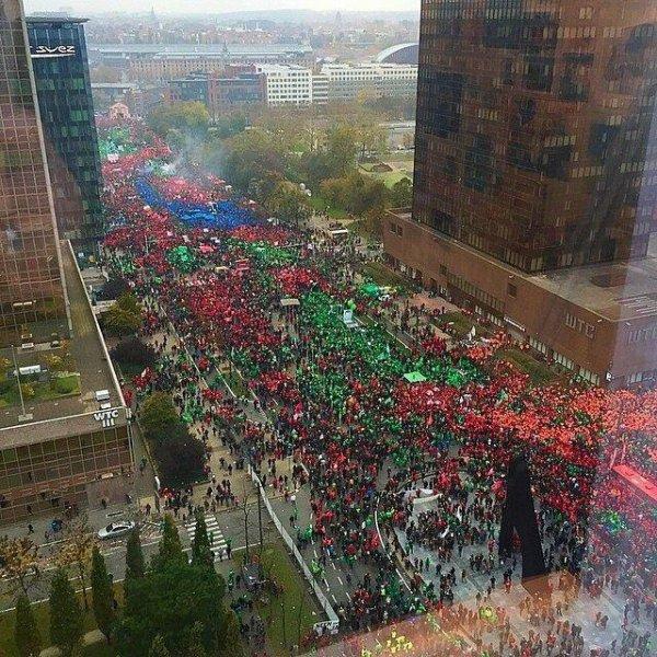 Manifestations (Grèves, médias et tutti quanti) * ABBA la suédoise