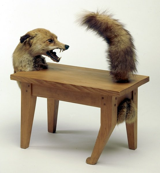 Une loup-table !!! HORIBLE !