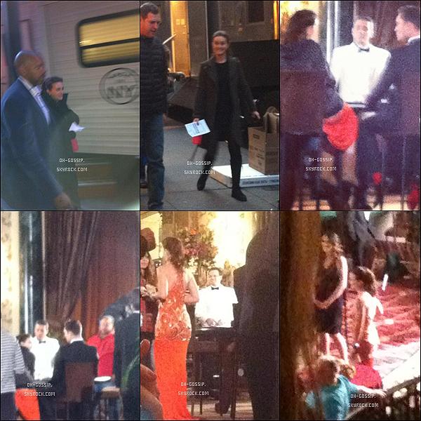 . 30/03/12 | Leighton sur le set de Gossip Girl pour tourner les scènes du dernier épisode de la saison 5. Blake, Chace, Ed, Matthew, Kaylee, Desmond, Ella et Billy étaient aussi sur le set. Leighton et Ed étaient en tournage dans un casino. .