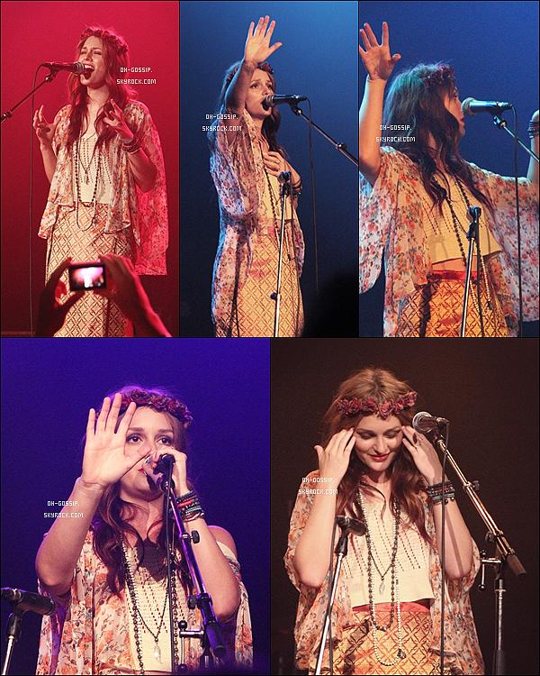 . 30/05/12 | Leighton toujours avec le groupe Check in the Dark sur scène à Vancouver, au Canada. .