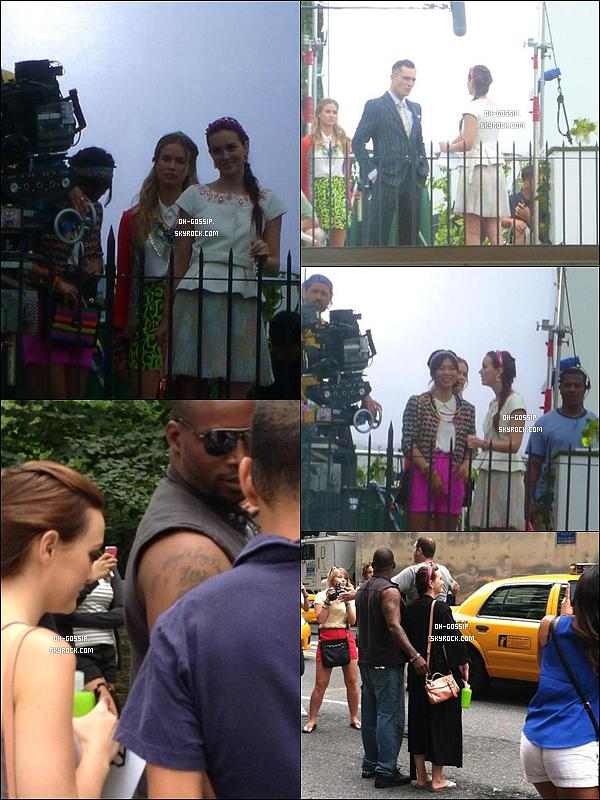 . 19/07/12 | Miss Leighton  encore et toujours sur le set de Gossip Girl à New York avec ses bodyguards Notre Queen B serait bel et bien de retour pour cette sixième et dernière saison puisqu'elle a été aperçu avec son fidèle headband .